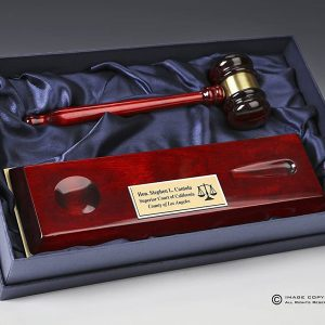 Rosewood-Pianowood-Gavel-on-Base-in-open-box